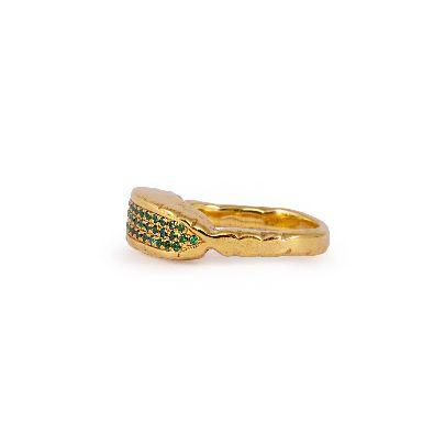 تصویر انگشتر طلایی با نگین سبز