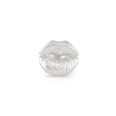 Picture of lips ring