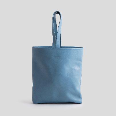 تصویر کیف چرم تخت آبی