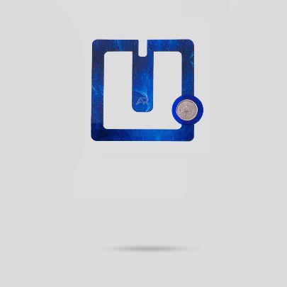تصویر  گل سینه مربع آبی