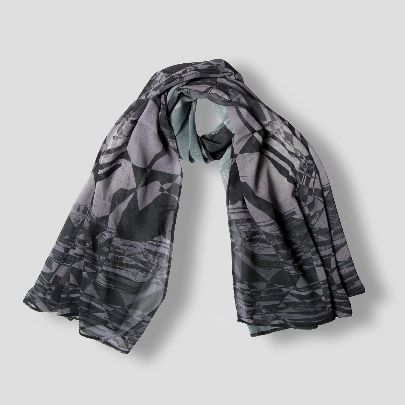 Picture of qal scarf 1