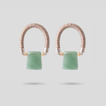 Picture of arc earrings with jade stone
