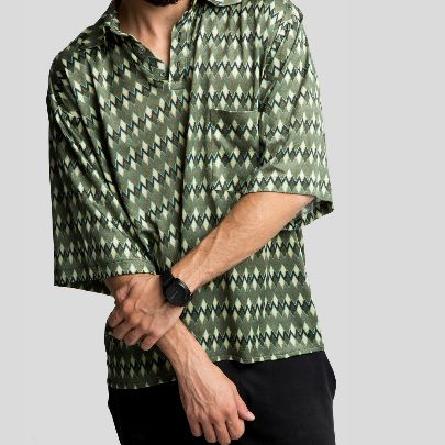 Picture of green rhombus blouse