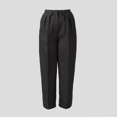 Picture of black straight pants