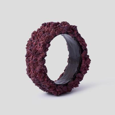 تصویر دستبند پهن زرشکی