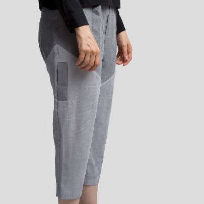 Picture of grey pocket pants