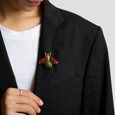 تصویر گل سینه شاه پری با سنگ سبز