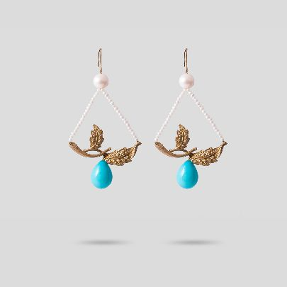 Picture of leaf earrings with pearl and turquoise