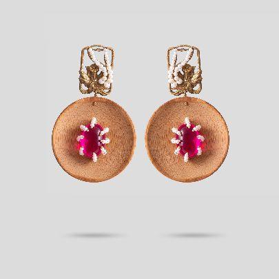 Picture of wood & lotus earrings