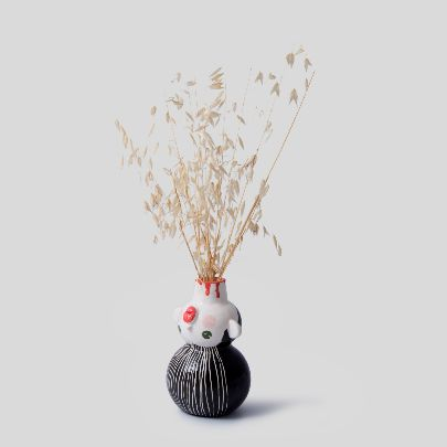 تصویر گلدان سر بریده