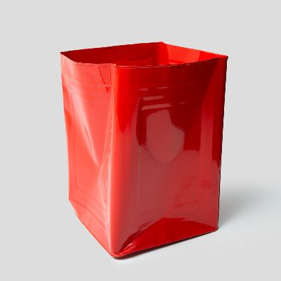 Picture of red tin bucket