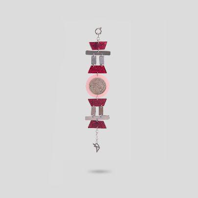 تصویر دستبند قرمز رودخانه