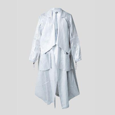 Picture of Silver linen mantua