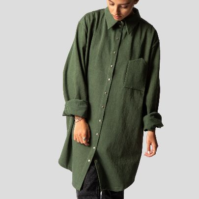 Picture of Green buttoned blouse