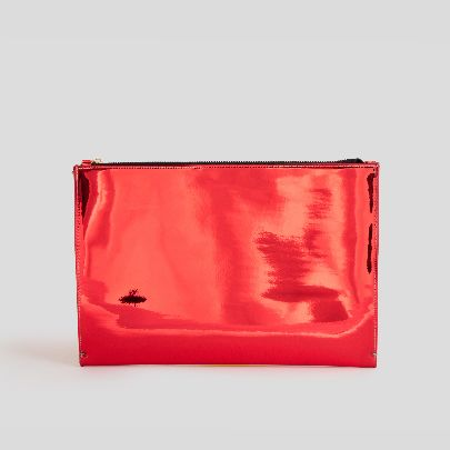 Picture of Red patent leather handbag