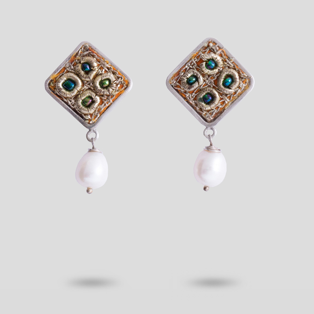 Picture of parto earring