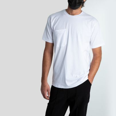 تصویر آستین کوتاه سفید جیب دار
