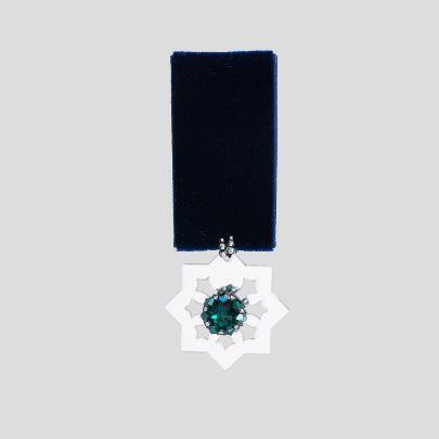 تصویر  مدال بزم 1 سرمه ای