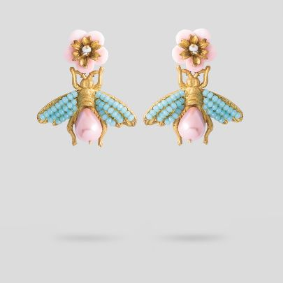 Picture of Bee and pearl earrings