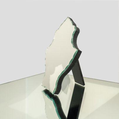 تصویر آینه ی رومیزی کارشده
