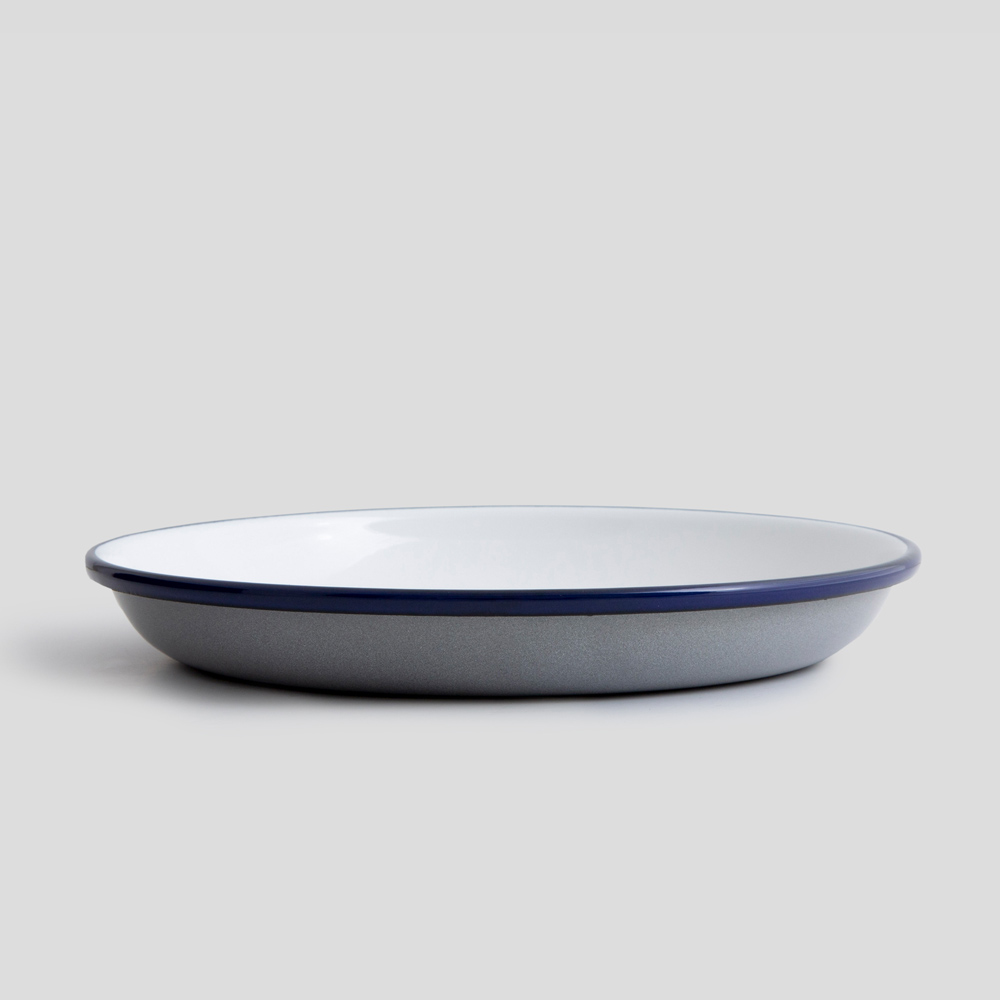 Picture of Light gray enamel plate