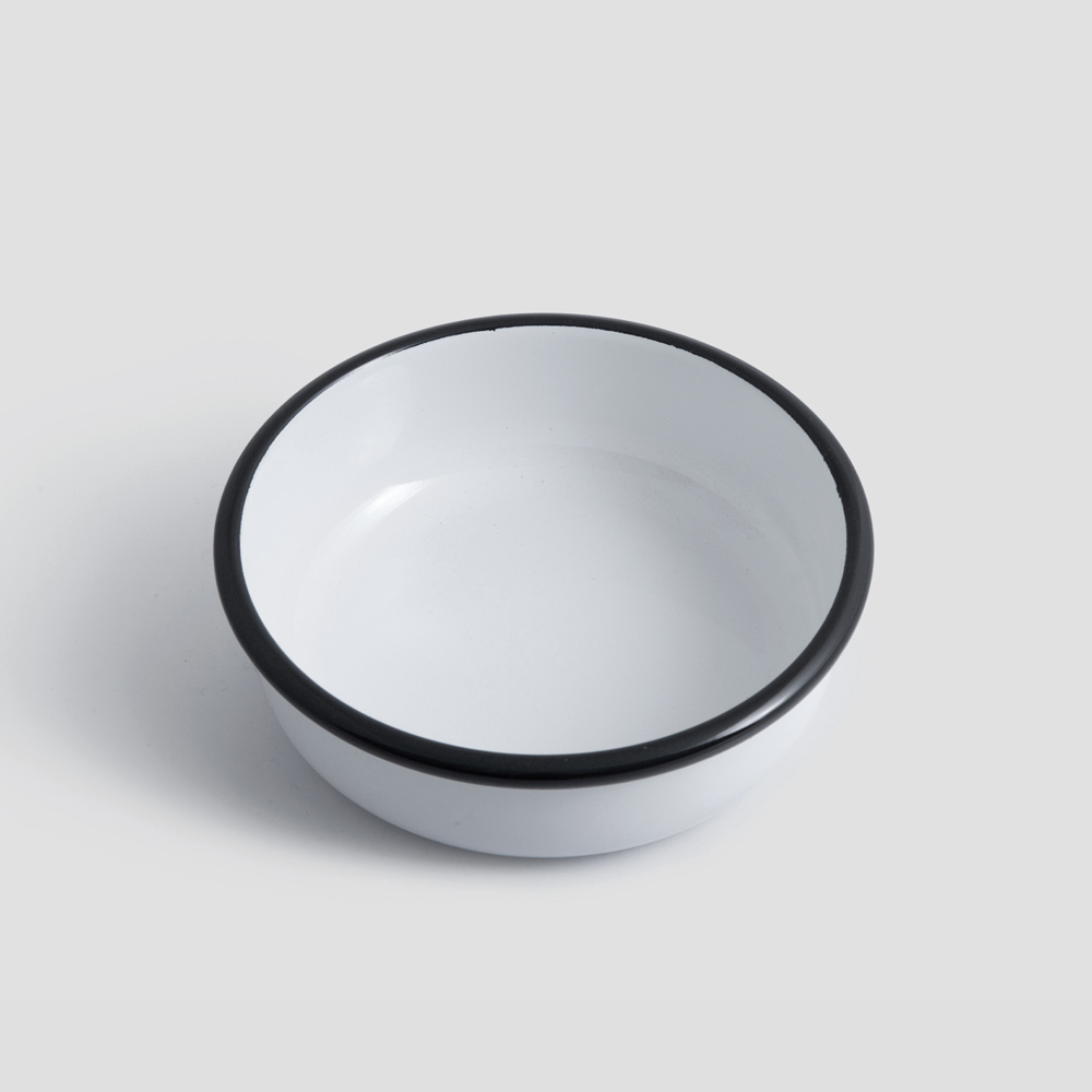 Picture of White enamel bowl