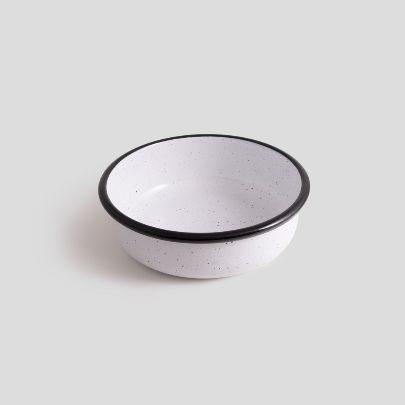 تصویر کاسه نقطه ای سفید  دور مشکی